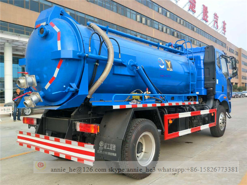 vacuum suction truck picture