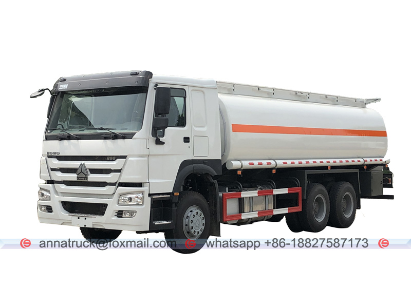 25,000 Liters Fuel Tanker Truck with SINOTRUK HOWO 4